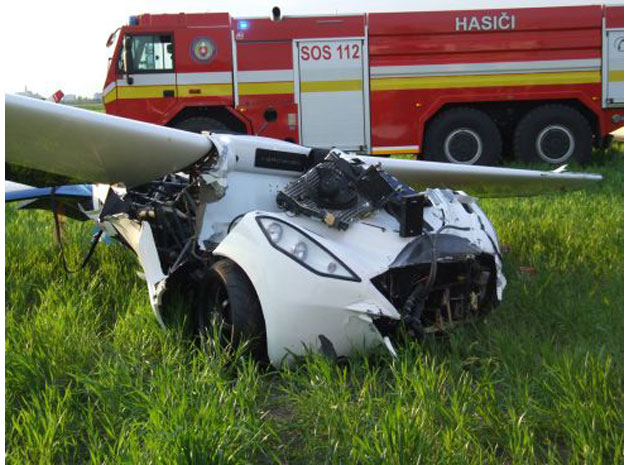 aeromobil-flying-car-crash