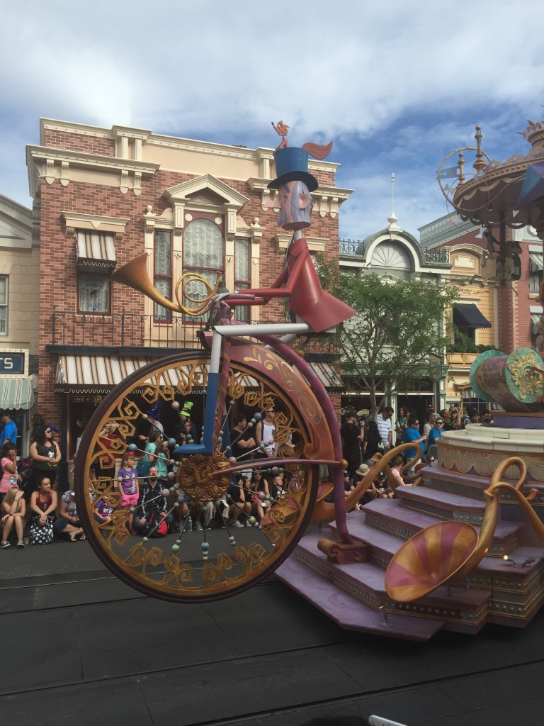 "Thus begins the Mary Poppins portion of the Disneyland ""Soundsational"" parade."